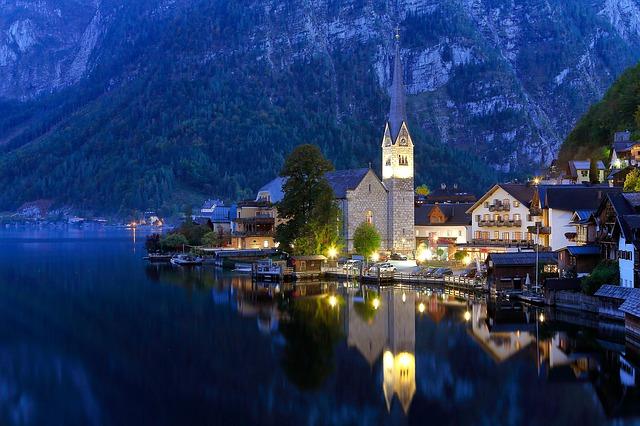 Hallstatt, the beautiful village in Austria.