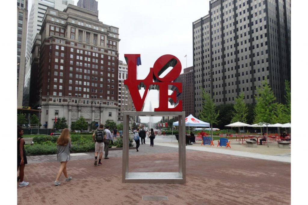 Το σήμα της αγάπης στην Φιλαδέλφεια - Philadelphias's love sign