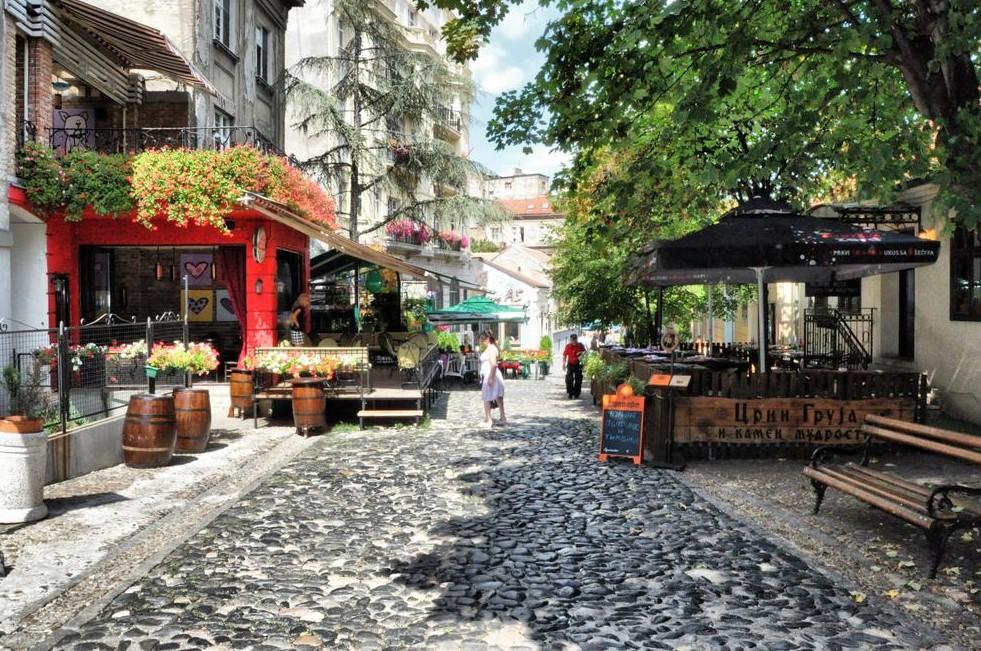 The old street of Skadarlija in Belgrade- Η γειτονιά Skadarlija στο Βελιγράδι