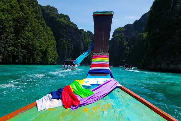 Travel guide for phi phi - travel guide για τα νησιά Phi phi