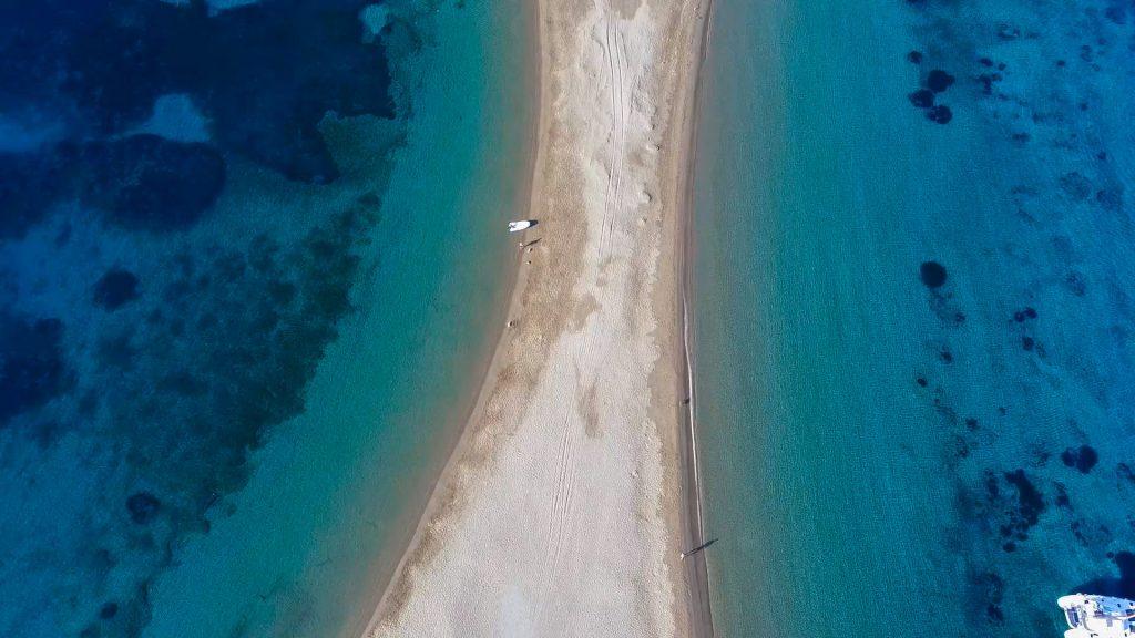 Kolona beach in Kythnos