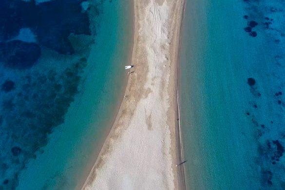 παραλία κολώνα κύθνος