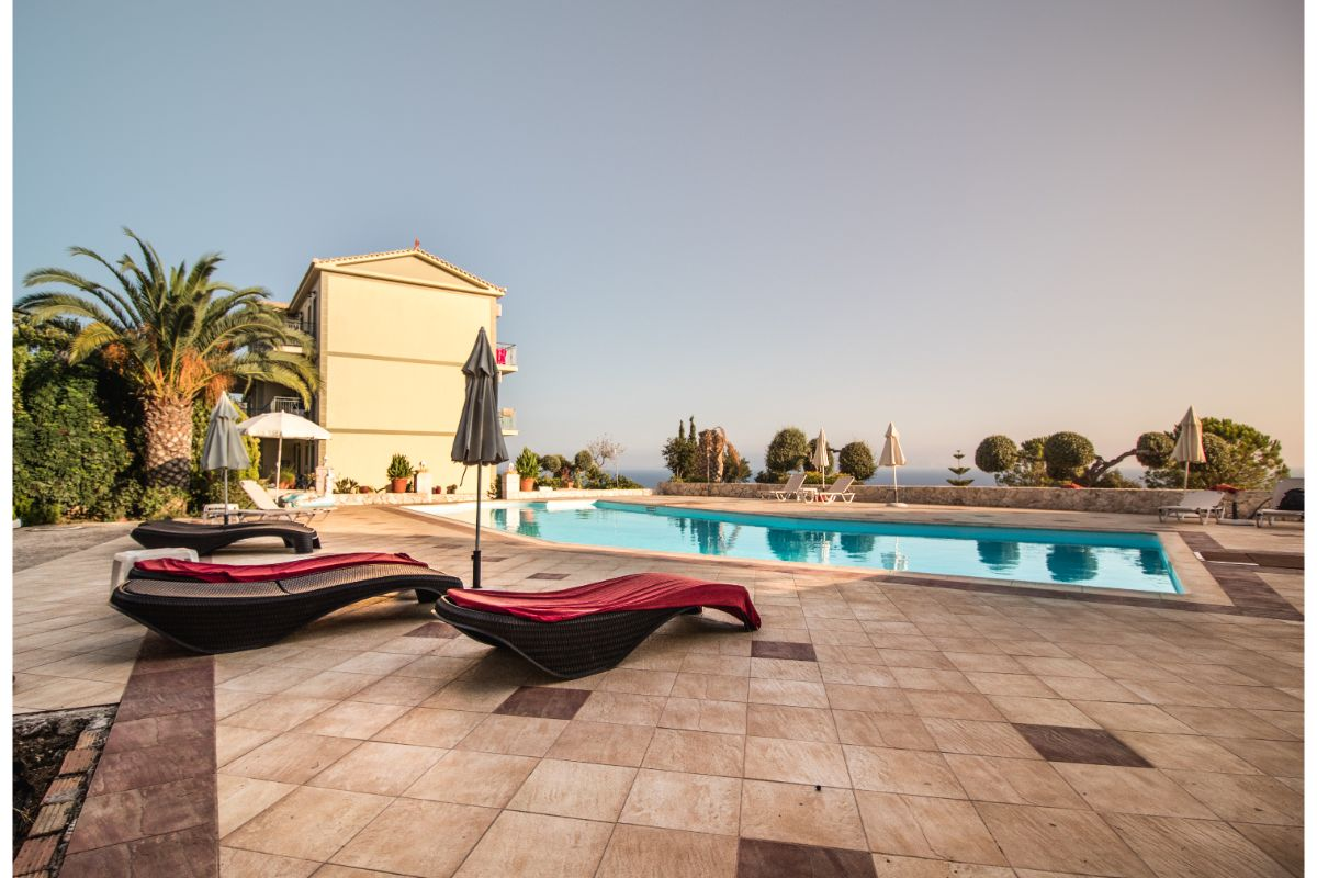 swimming pool at hotel in kefalonia-2