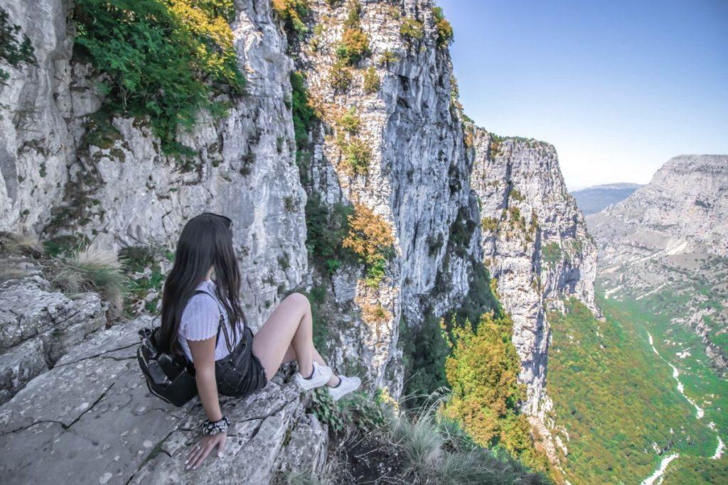 Η θέα στο φαράγγι του Βίκου από την θέα της Οξυάς