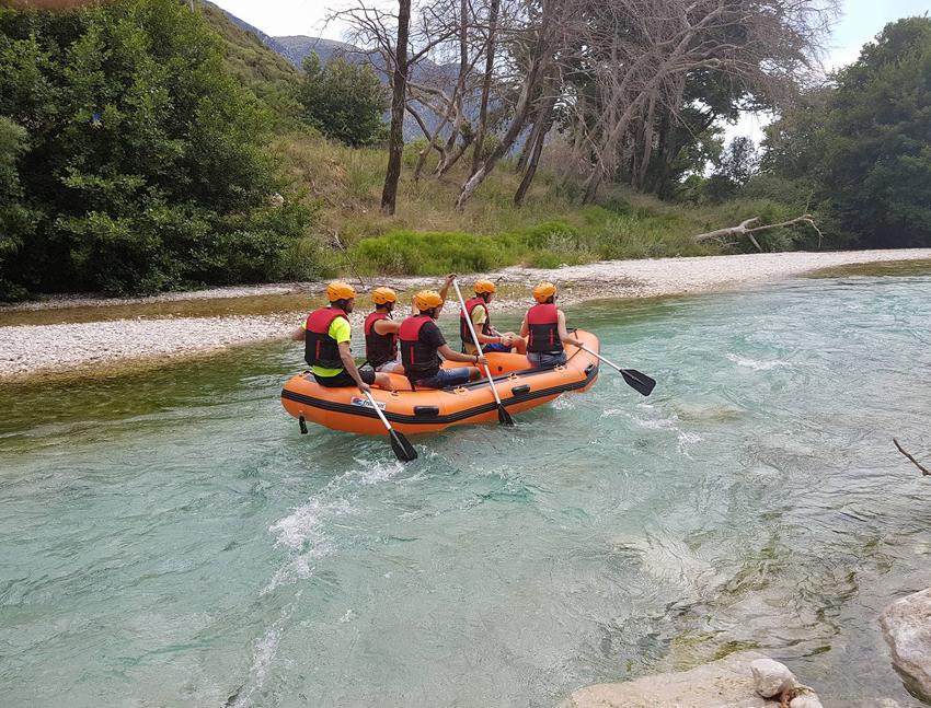 rafting ston axeronta
