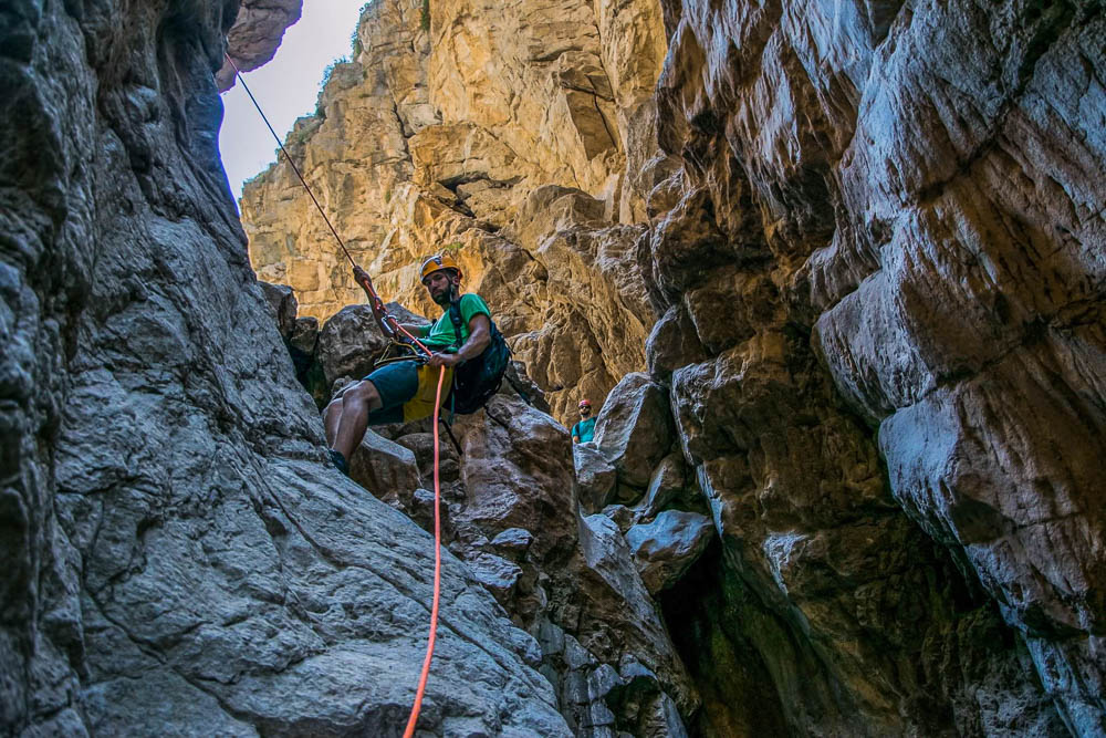 canyoning ascent