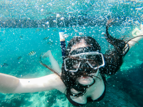 Snorkelling at Long beach to Phi phi islands
